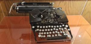 Will Rogers typewriter